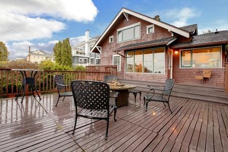 Deck_House