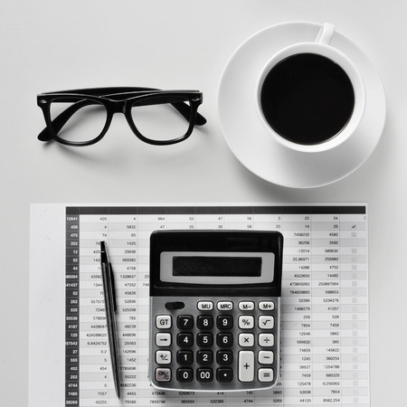 Calculator_Balance-Sheet_Coffee