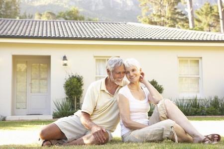 Senior Couple_Lawn